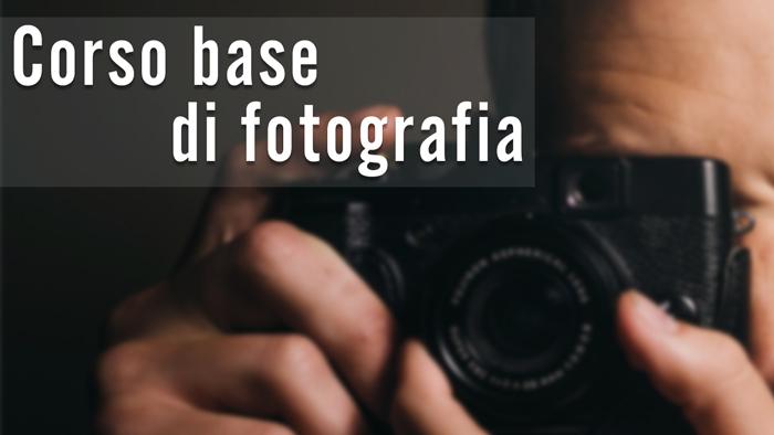 Grafica corso Base gratuito di fotografia
